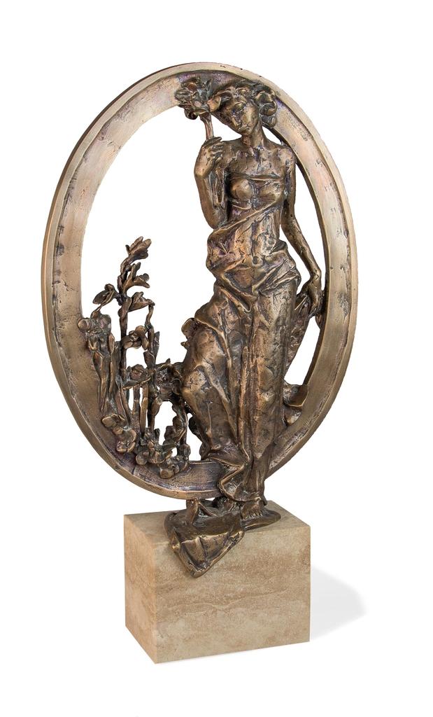 Farkas Ferenc Flóra című szobra