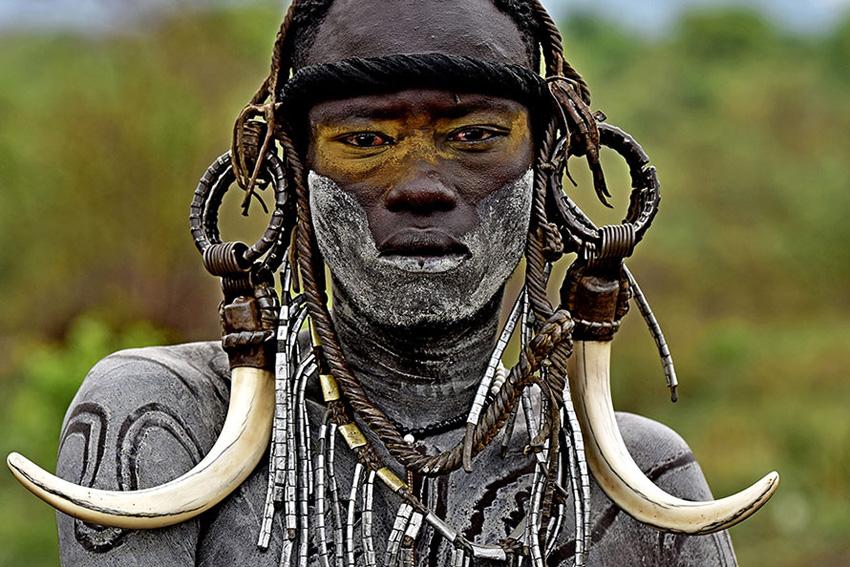 Murszi harcos - Afrika
